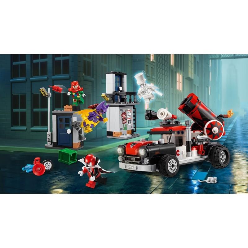 LEGO Batman Movie 70921 Harley Quinn a útok delovou guľou